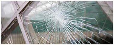 Stanford Le Hope Smashed Glass